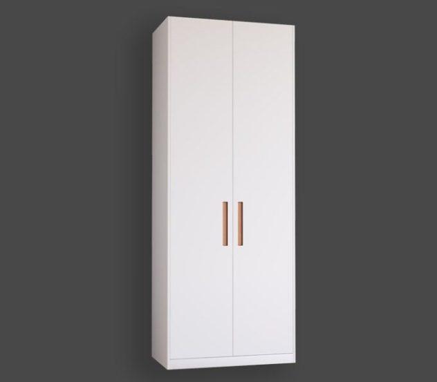 Släta garderobsdörrar med greppet GR-1 i koppar till Pax. Monterade med täcksidor och sockel på 100x236 cm stomme.